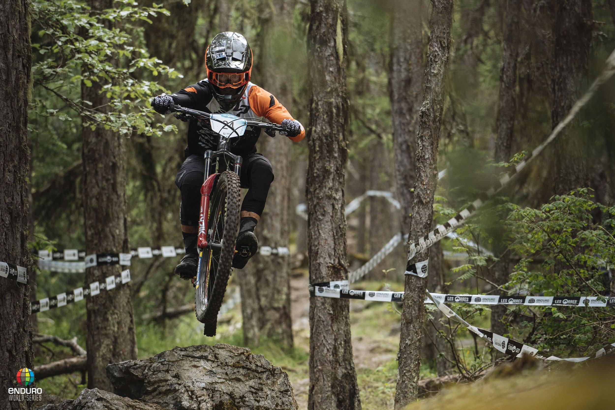 Adrien Dailly day one leader at the Les Orres EWS