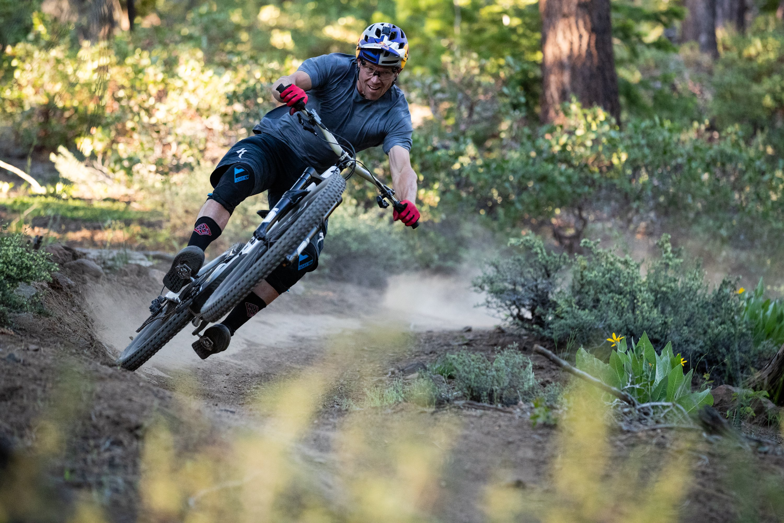 2020 Specialized Enduro Curtis Keene1.jpg