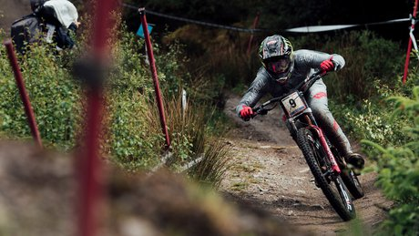 Amaury Pierron Fort William 2019 Speed Tuck