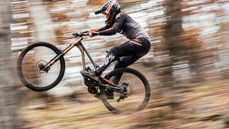 Amaury Pierron on the Commencal Supreme DH