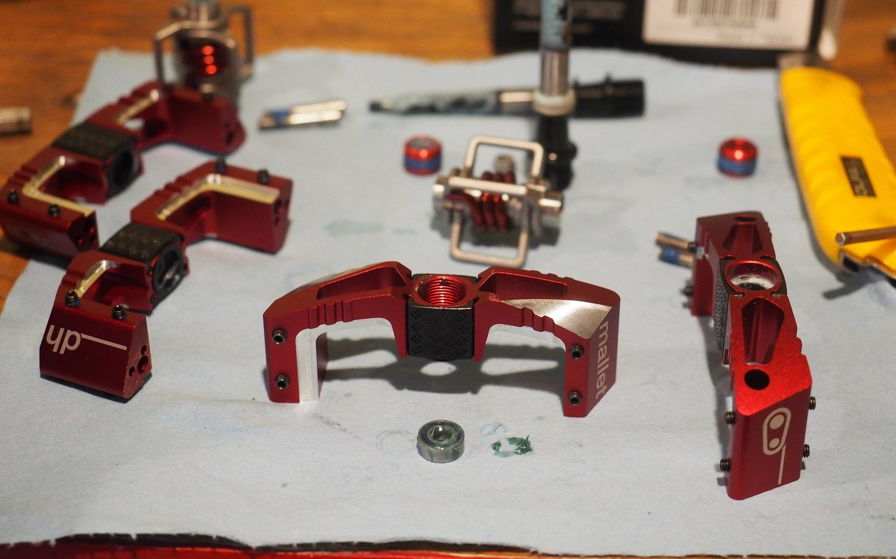 9546d6286 Crankbrothers Mallet DH Pedals
