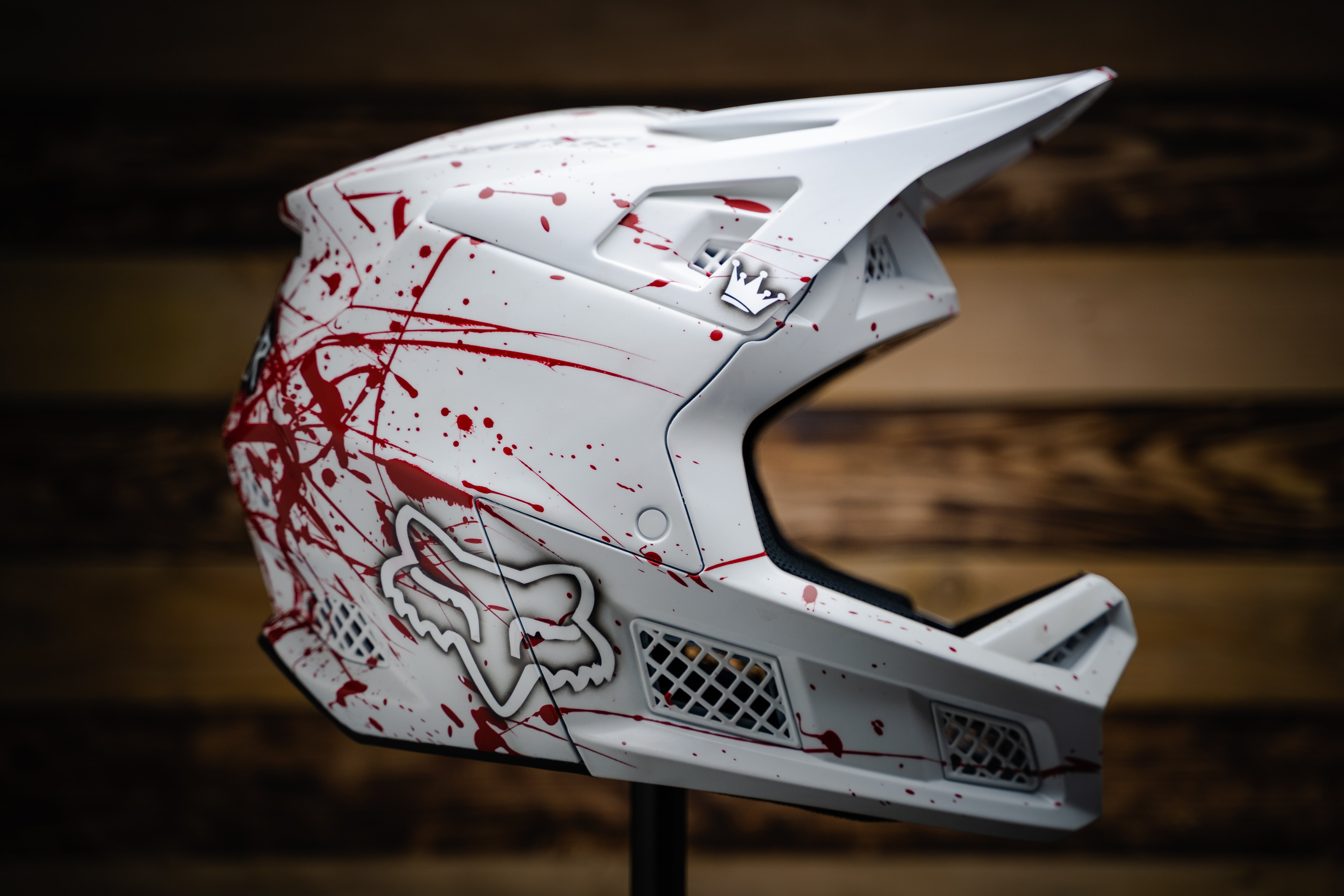 kovarik-fresh-paints-whistler-fox-helmet.jpg