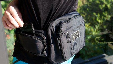 Dakine_Enduro_Hip_Pack-002.jpg?w=1600