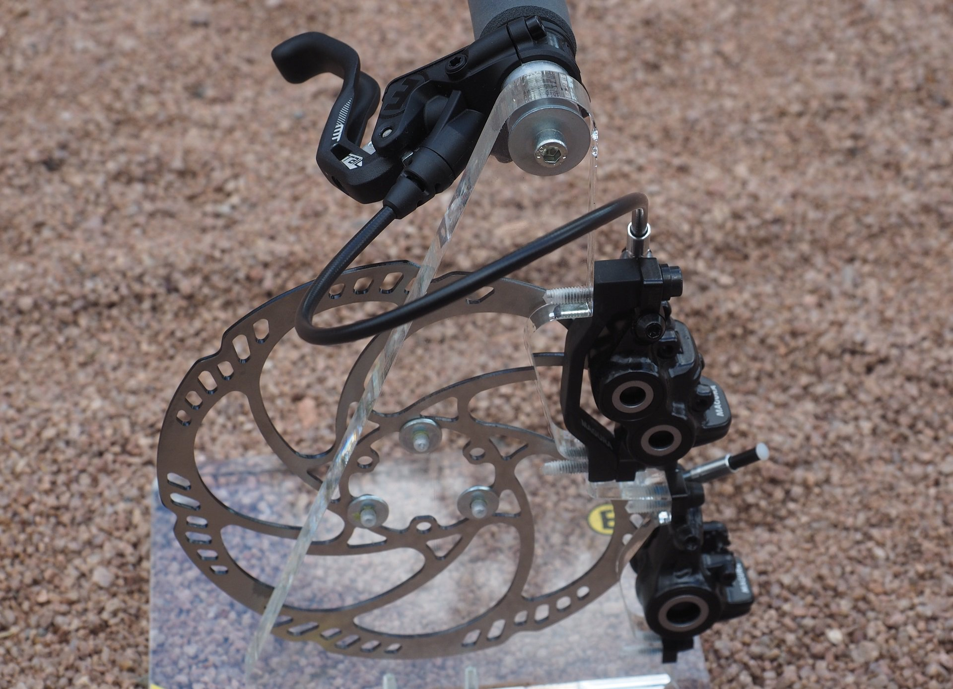 2018 Magura MT Trail Sport : Bleed How To & First Impressions