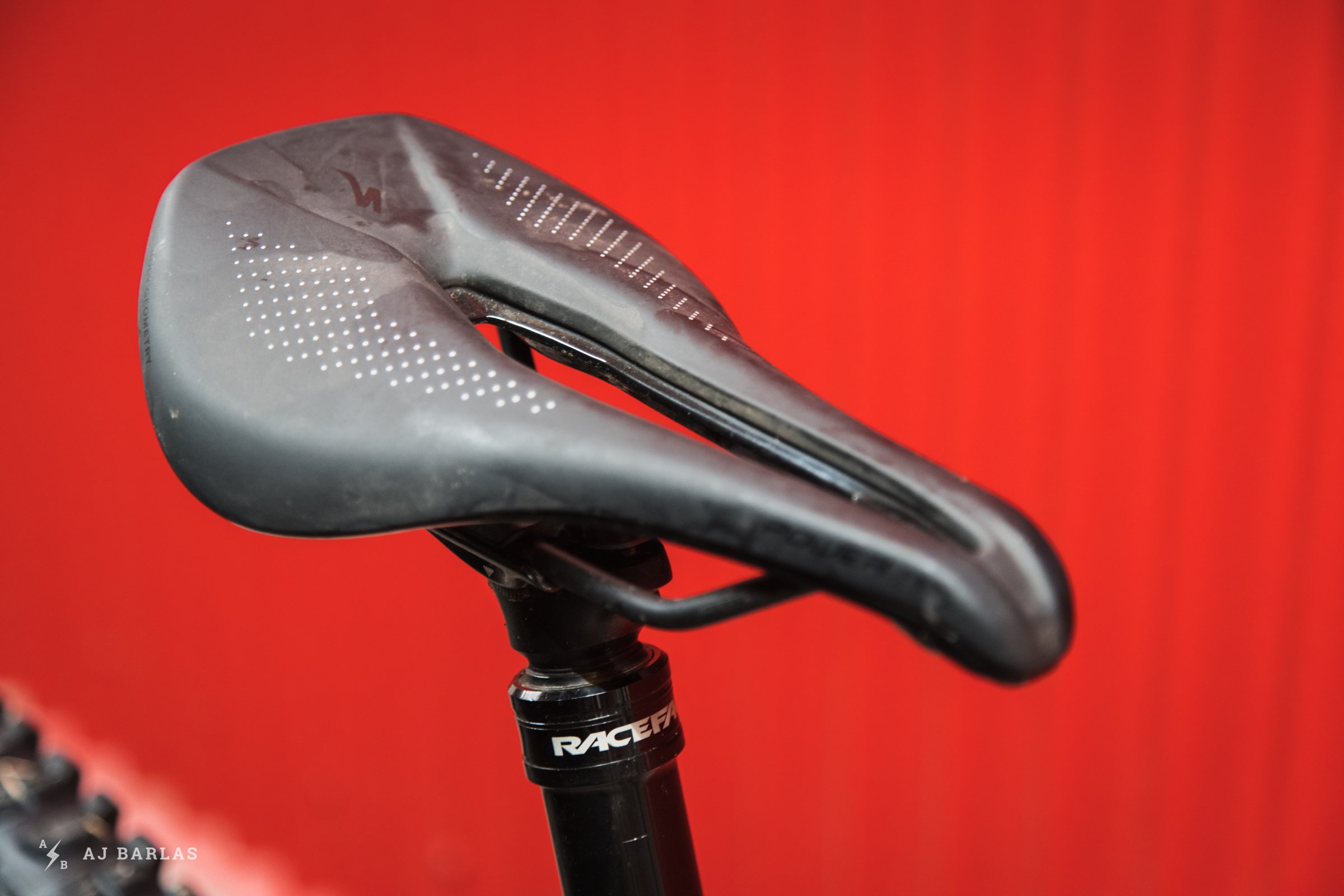 GeoMetron G16 29er Specialized Power Saddle