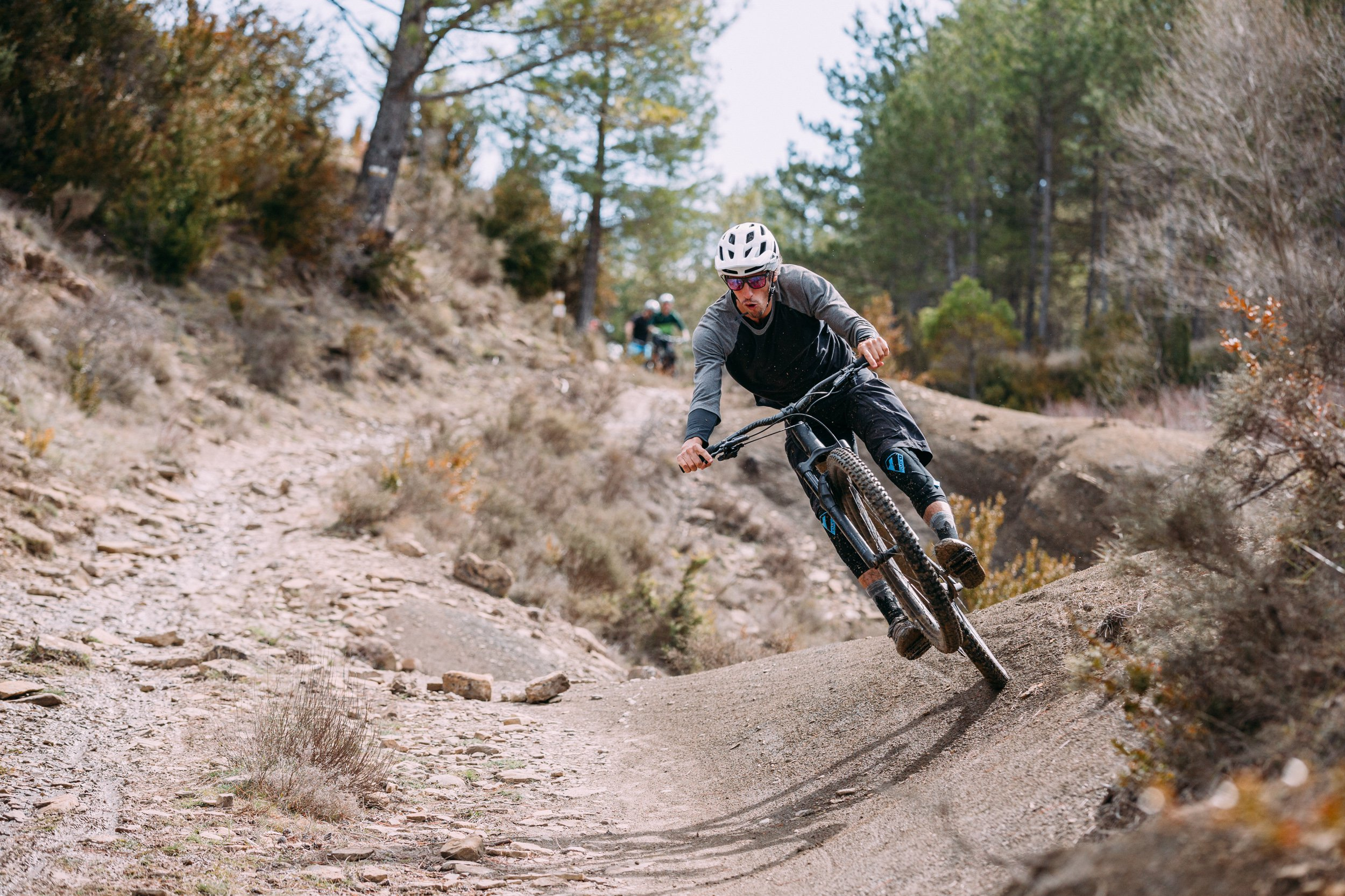 AJ Barlas on the back wheel of the 2018 Specialized Stumpjumper ST 29 in Spain