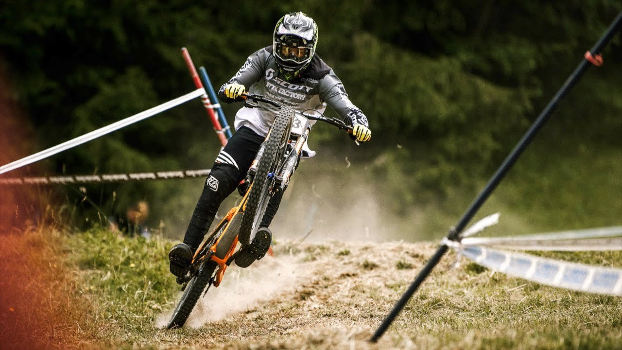 Les Gets World Cup DH – Practice Day Highlight Videos