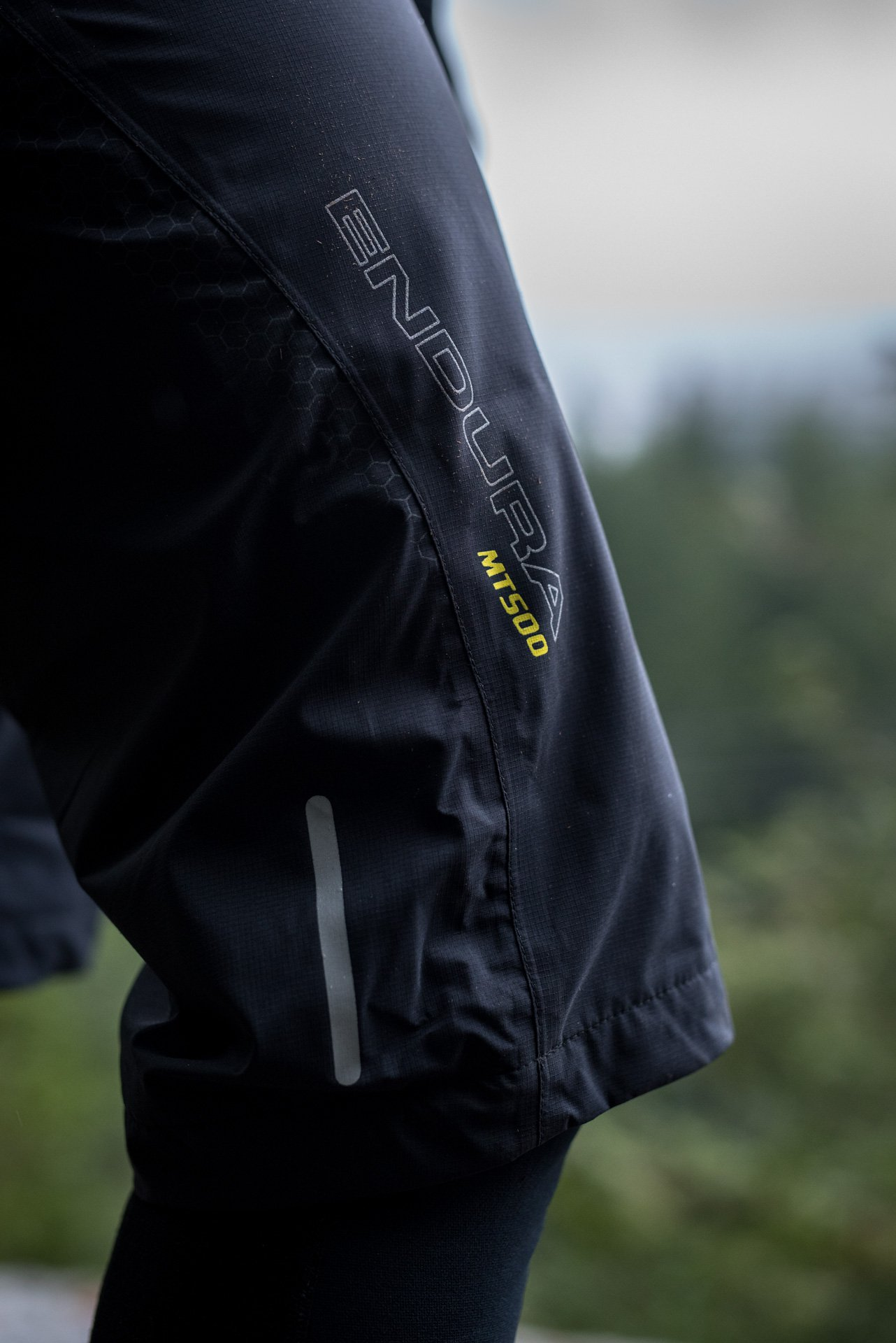 nsmb_2017_gear_review__apparel_7mesh_guardian-9079.jpg