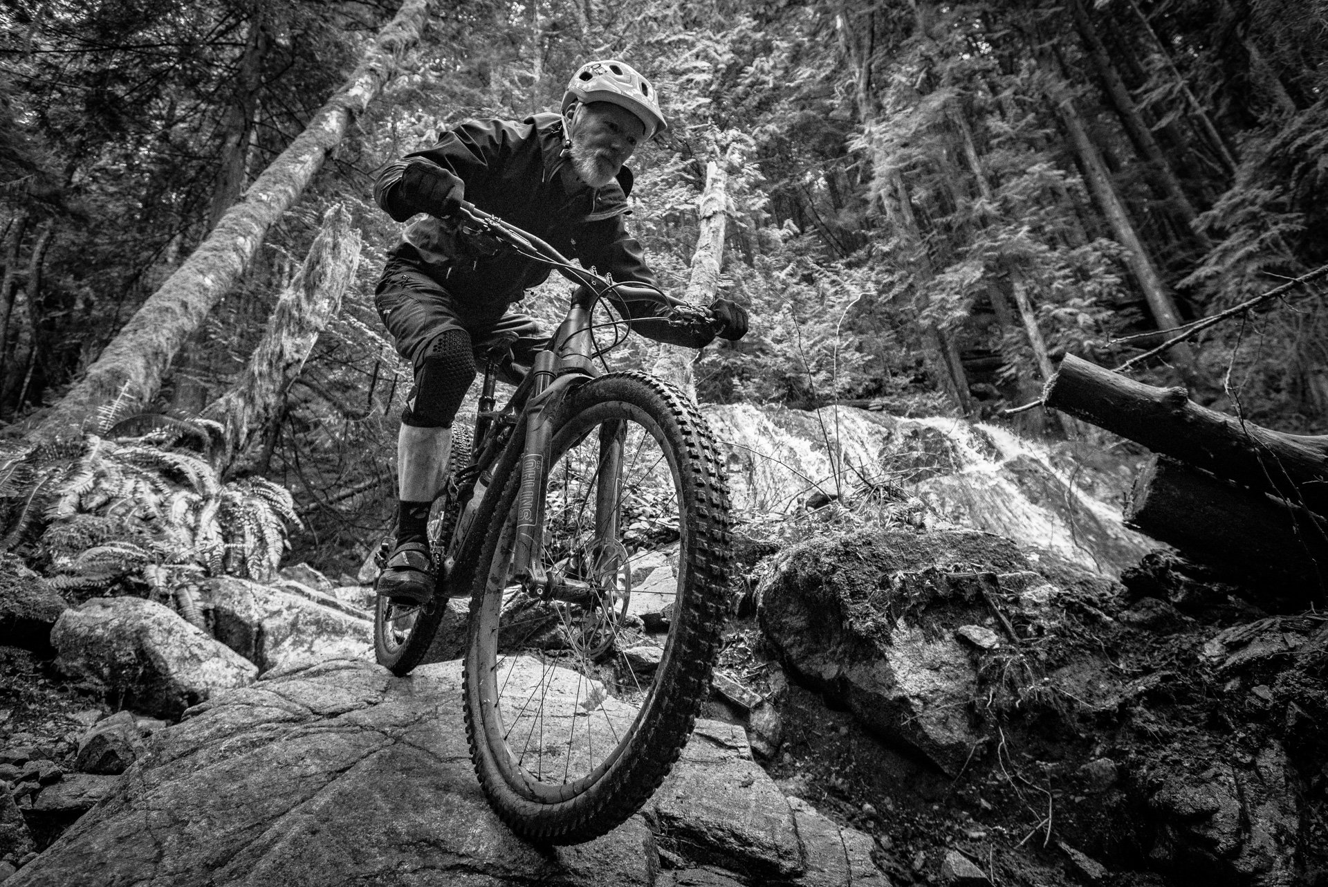 nsmb_2017_geareview_specialized_enduro29_PerrySchebel-7741.jpg