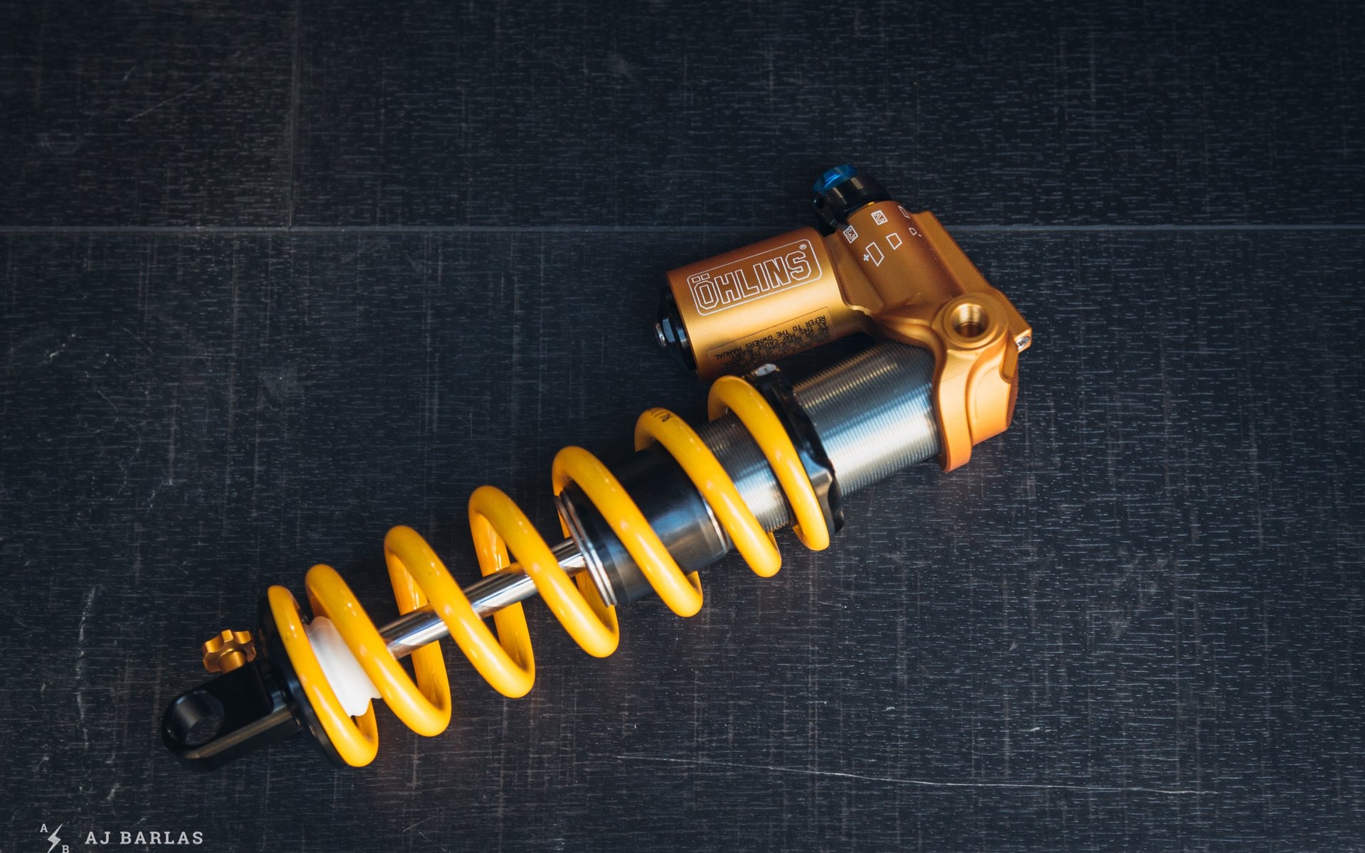 Öhlins TTX Trunnion Mount Shock