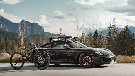 porsche-911-gts-specialized-enduro-dream-rides-200520-.jpg