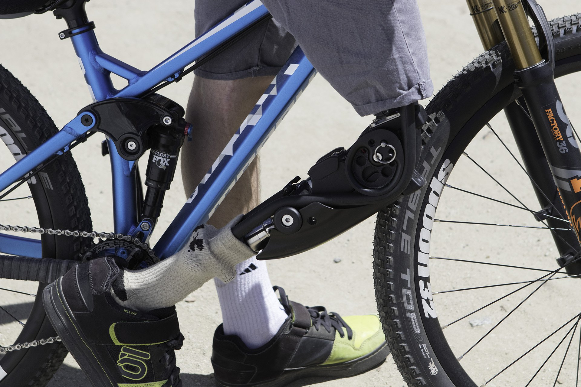 side_view_prosthetic_mtb2.jpg