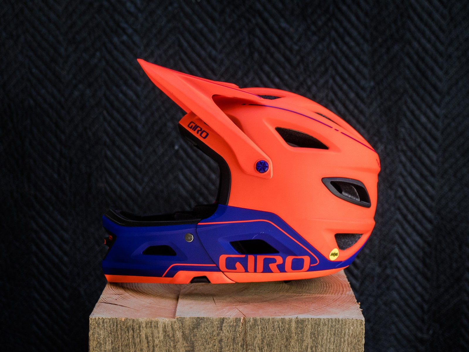 Giro Switchblade - side