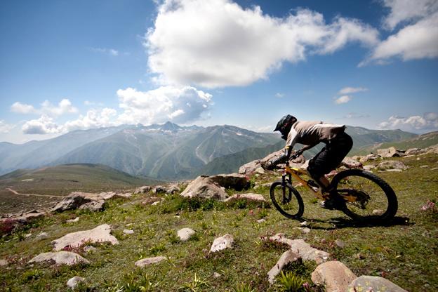 Things To Do In Kashmir, Mountain Cycling