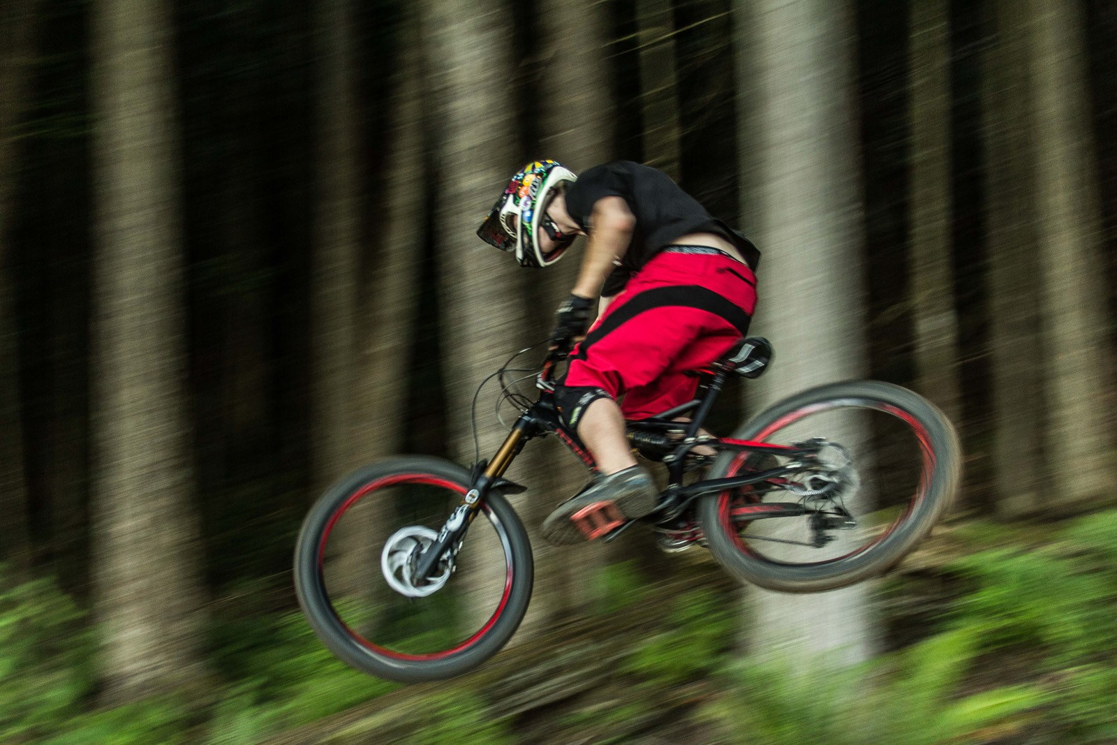 2013, Specialized, Enduro, Enduro EVO, review, test, whistler, garrett thibault