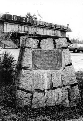 Lillooet Tr - Coach House marker