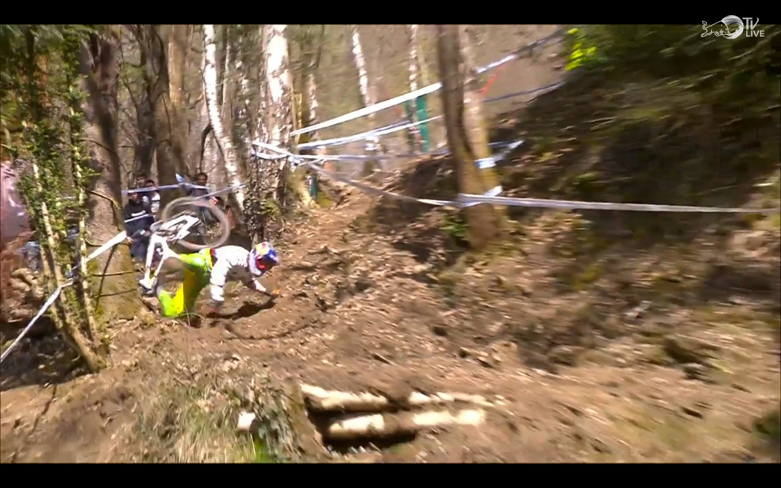 Lourdes_2016_Bruni_Crash