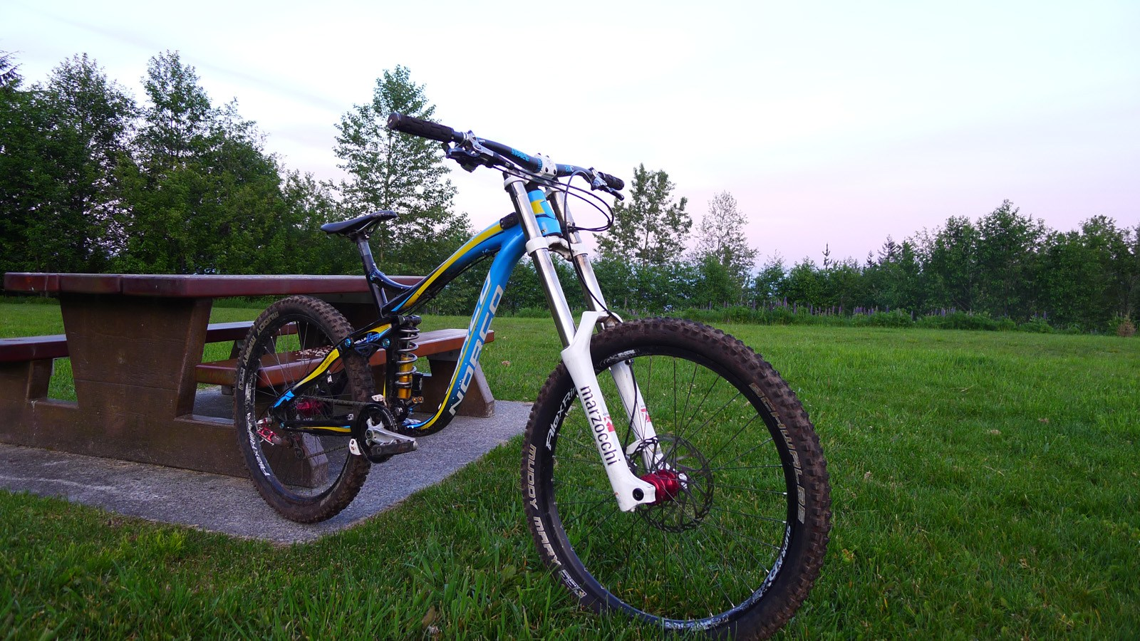 Schwalbe, Muddy Mary, review, gear, tire, tires, 2.35, vertstar, Tim Coleman