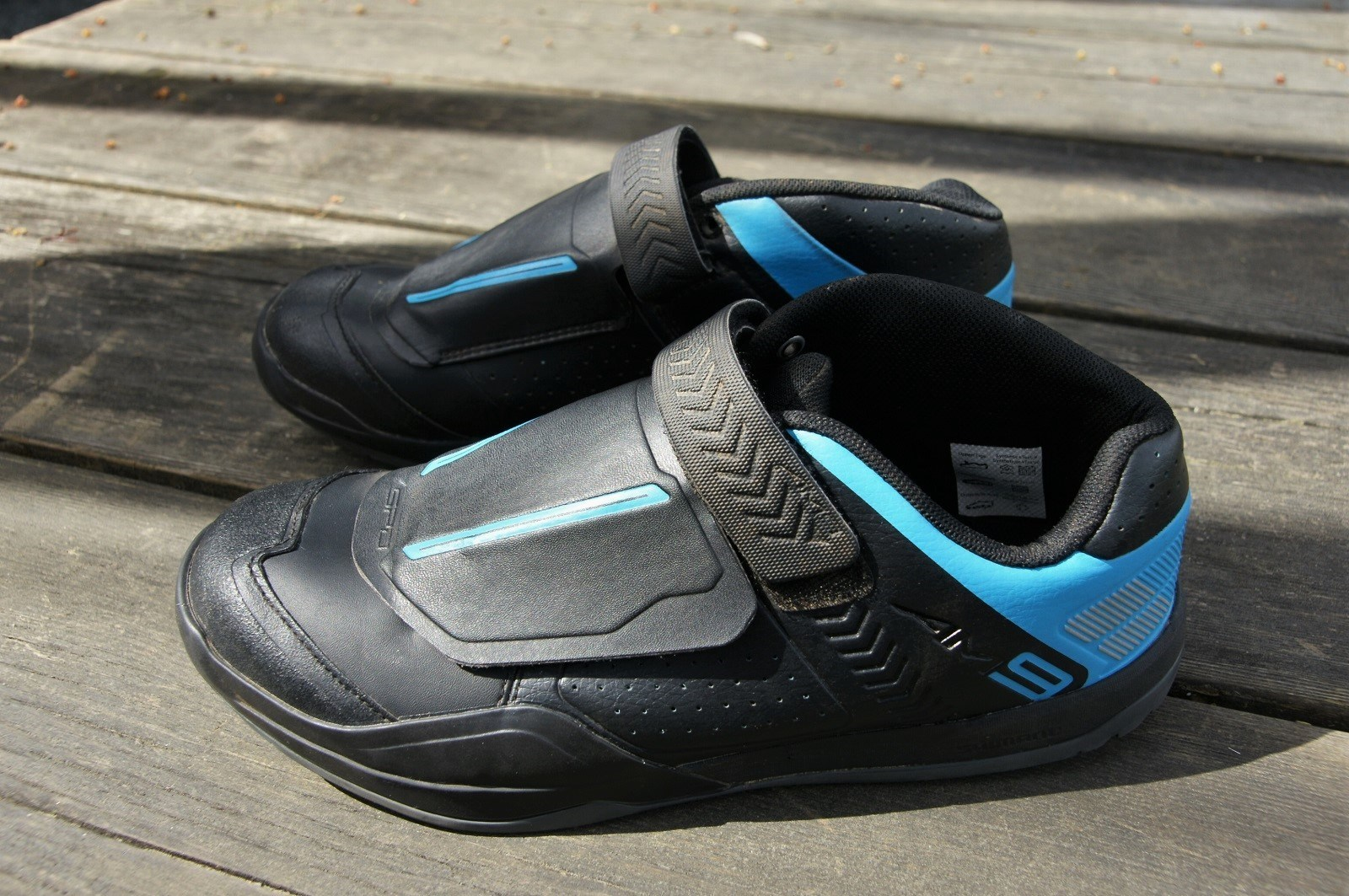 f1a35a1c205 Shimano AM9. Shoes. Oh my god, shoes. These shoes cost 179 dollars; let's  get 'em!